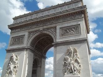 Arc de Triomphe 10